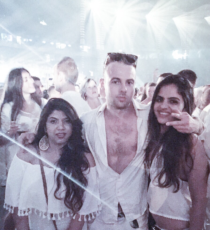 Sensation white dress code
